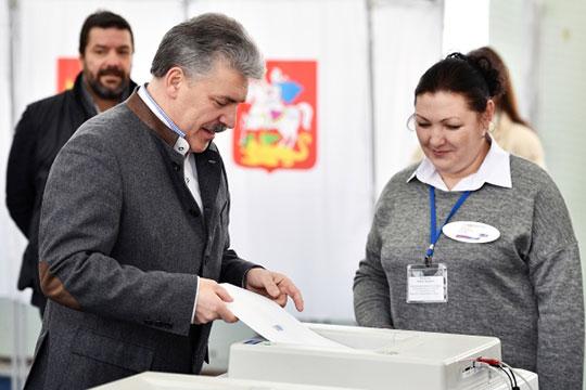 Грудинин голосует фото РИА Новости